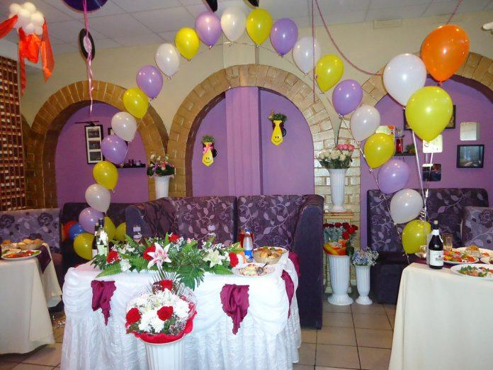 dekorasi ruang tamu untuk ulang tahun